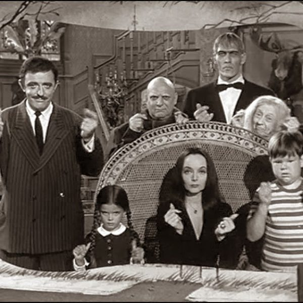 20140529101932_Addams-Family-Tv-Show-Opening-Credits-addams-family-5705196-768-576